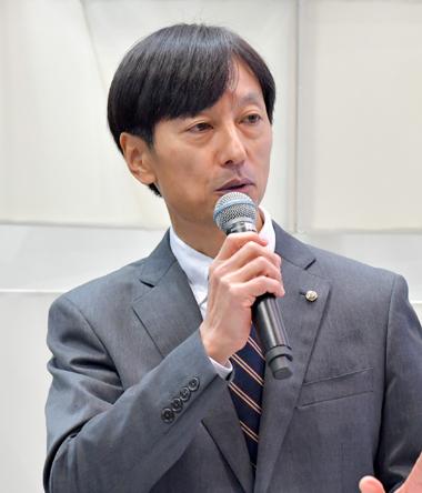 石井 謙司さん
